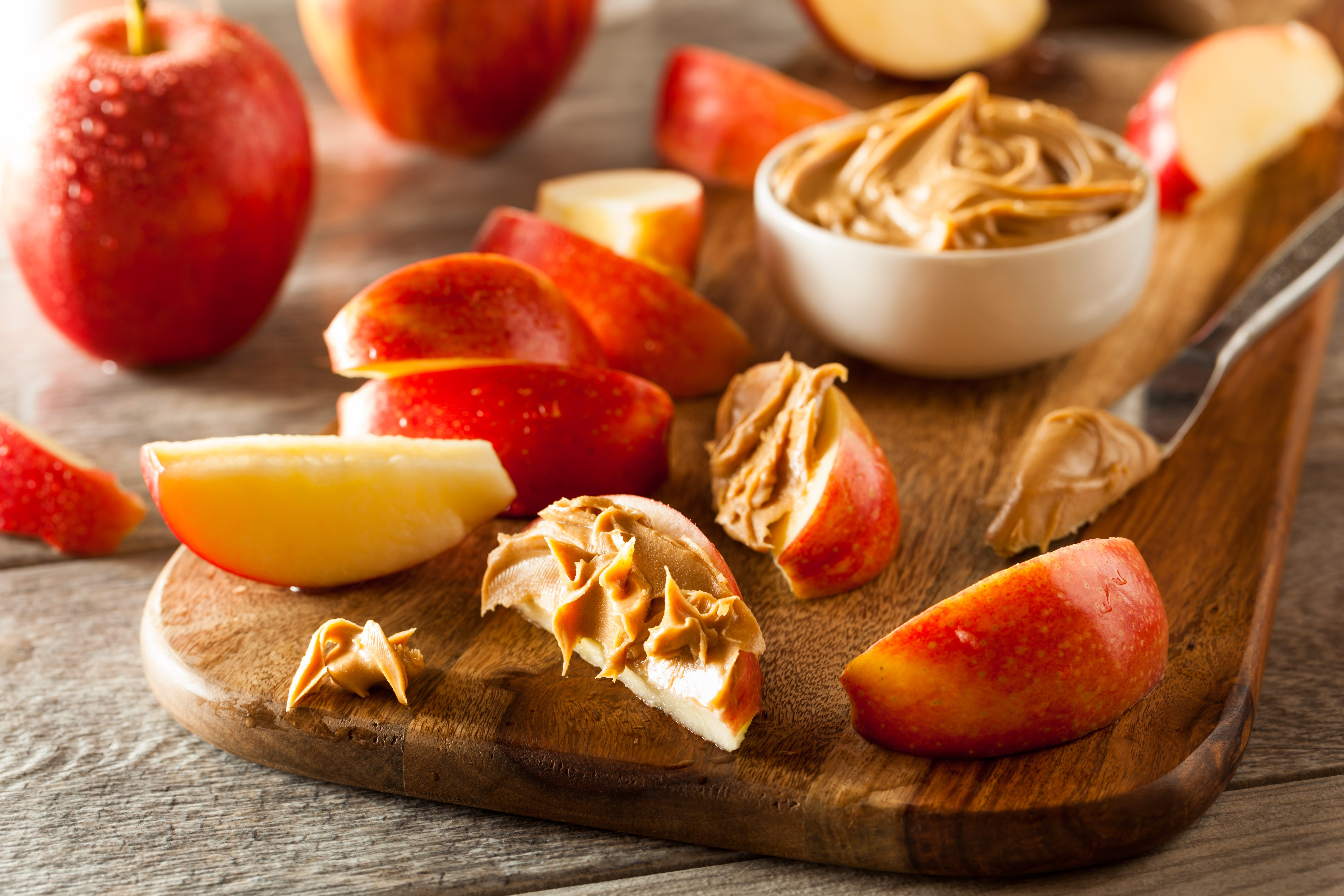 20 Snacks with 100 Calories or Less